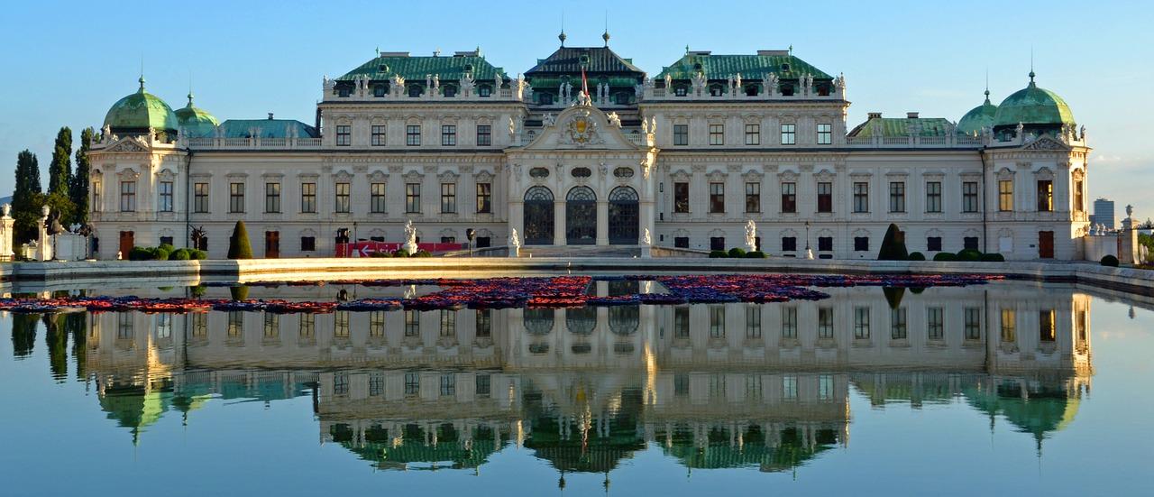 Castelo em cidade austríaca: restauração de cidadania é aprovada pelo parlamento